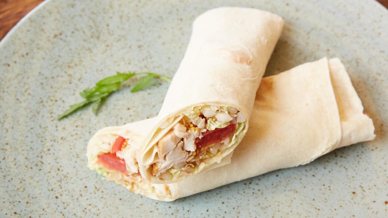 Estos son los 4 snacks saludables que no pueden faltar en tu maleta si viajas con niños (3)