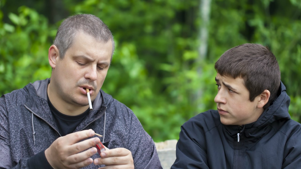 prevencion-cigarrillo-hijos-139820584