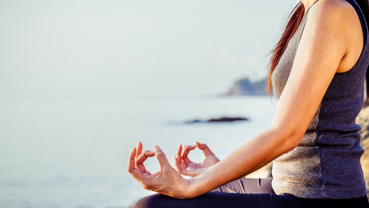5-beneficios-que-no-conocias-del-yoga.jpg