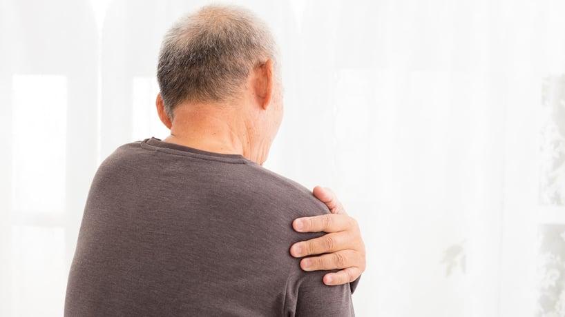 sintomas-cancer-pulmon-dolor-hombros.jpg