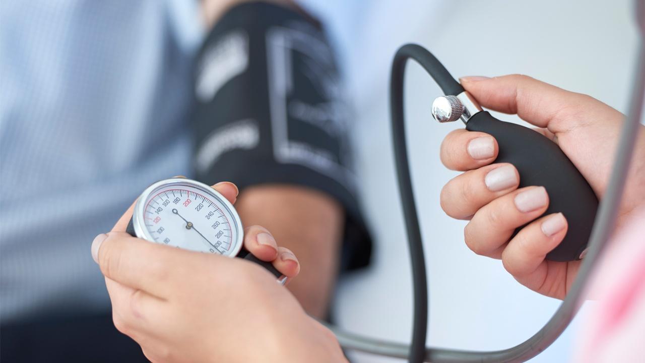 chequeo-medico-presion-arterial.jpg