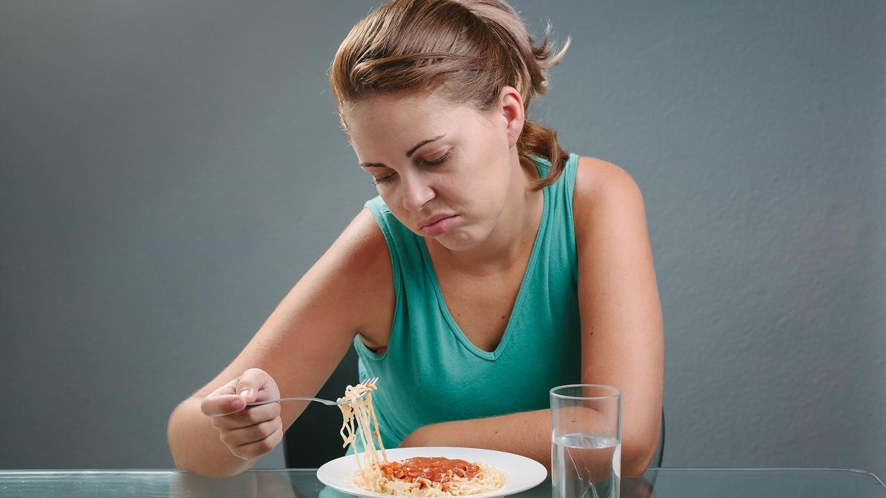 sintomas-cancer-estomago-perdida-apetito.jpg
