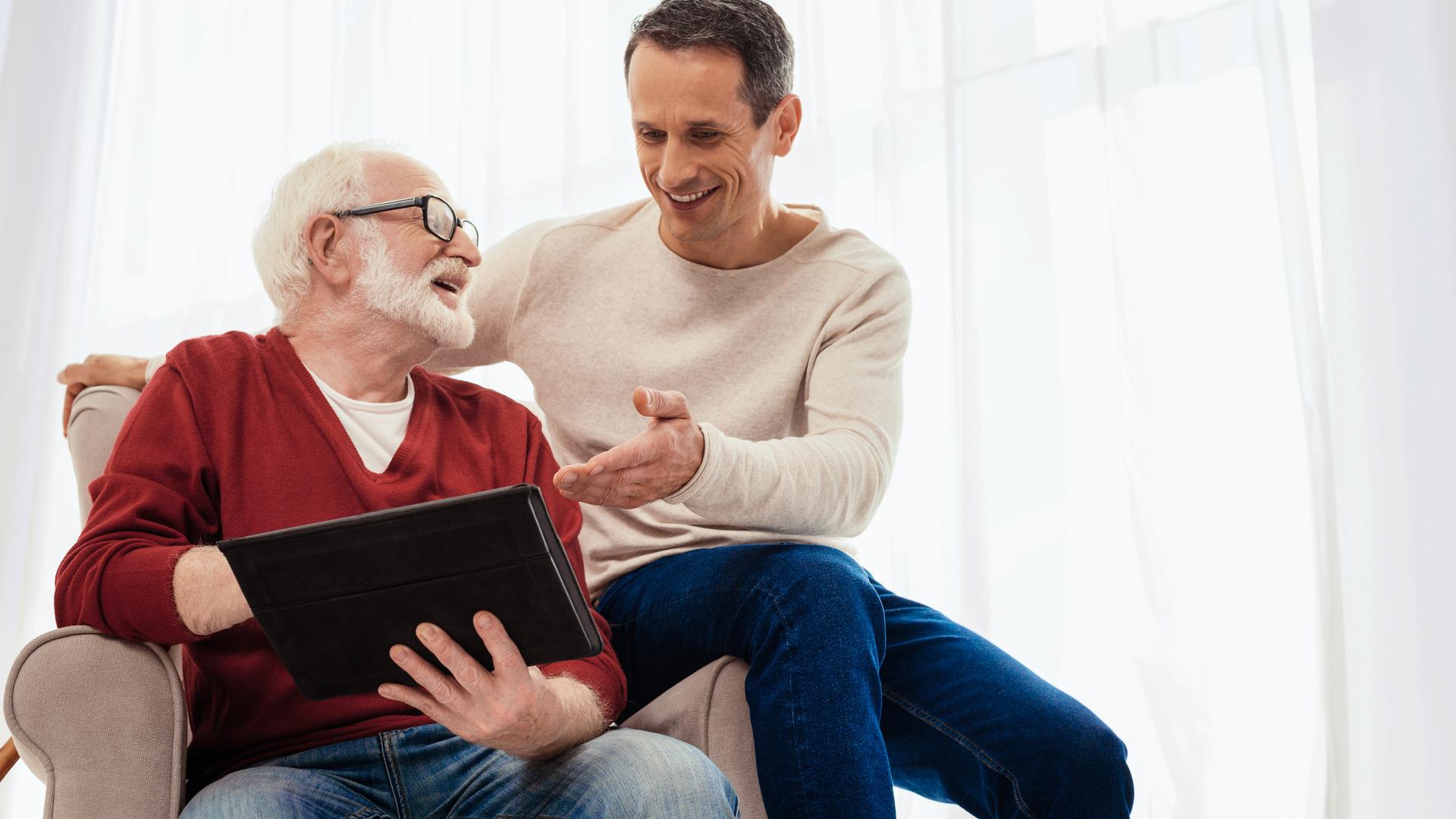 cuidado emocional adulto mayor