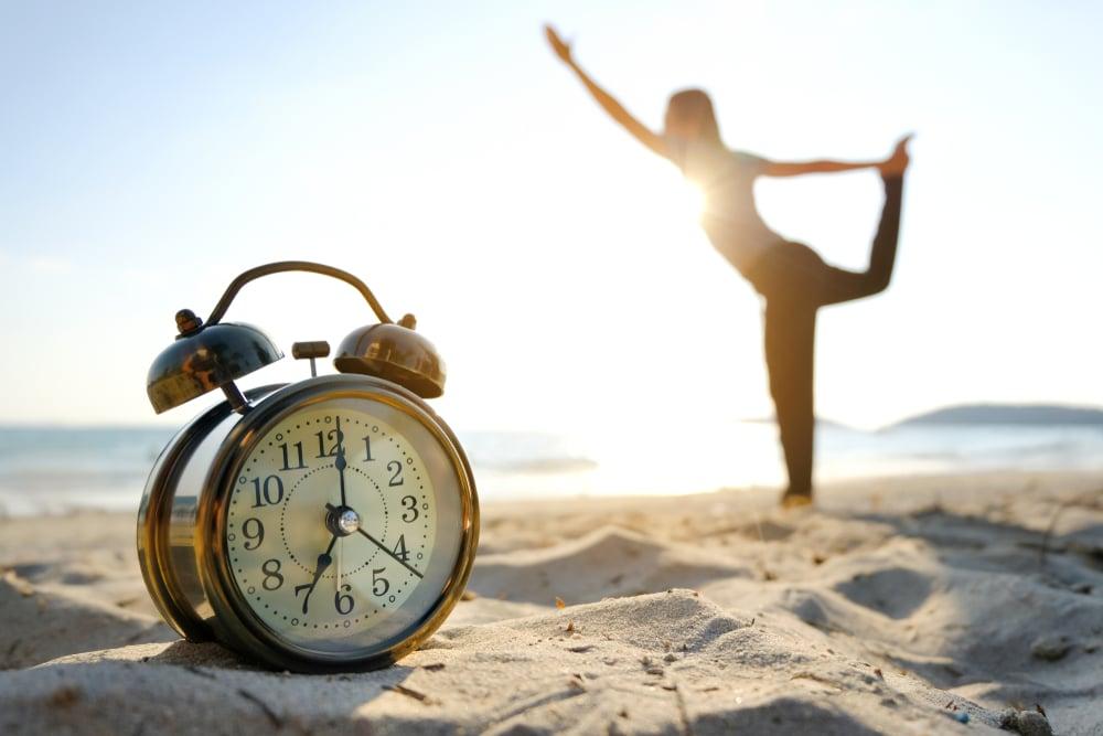 el mejor horario para hacer ejercicios es por las mañanas