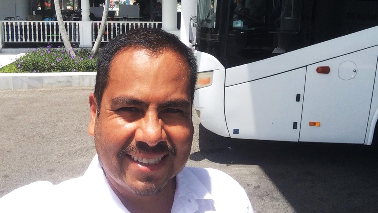 Juan Luis Tintaya y su testimonio del cáncer de lengua, piso de boca y ganglios