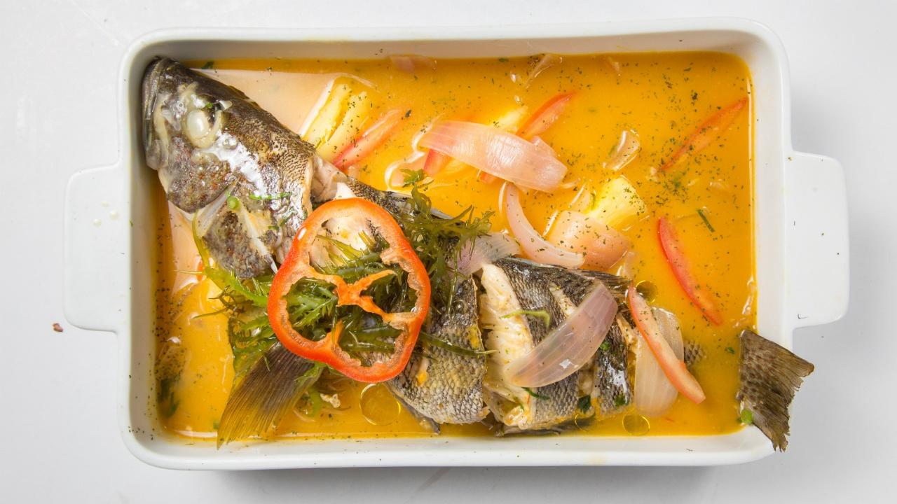 platillos-a-base-de-pescado-para-prevenir-el-cancer-de-piel-385528912