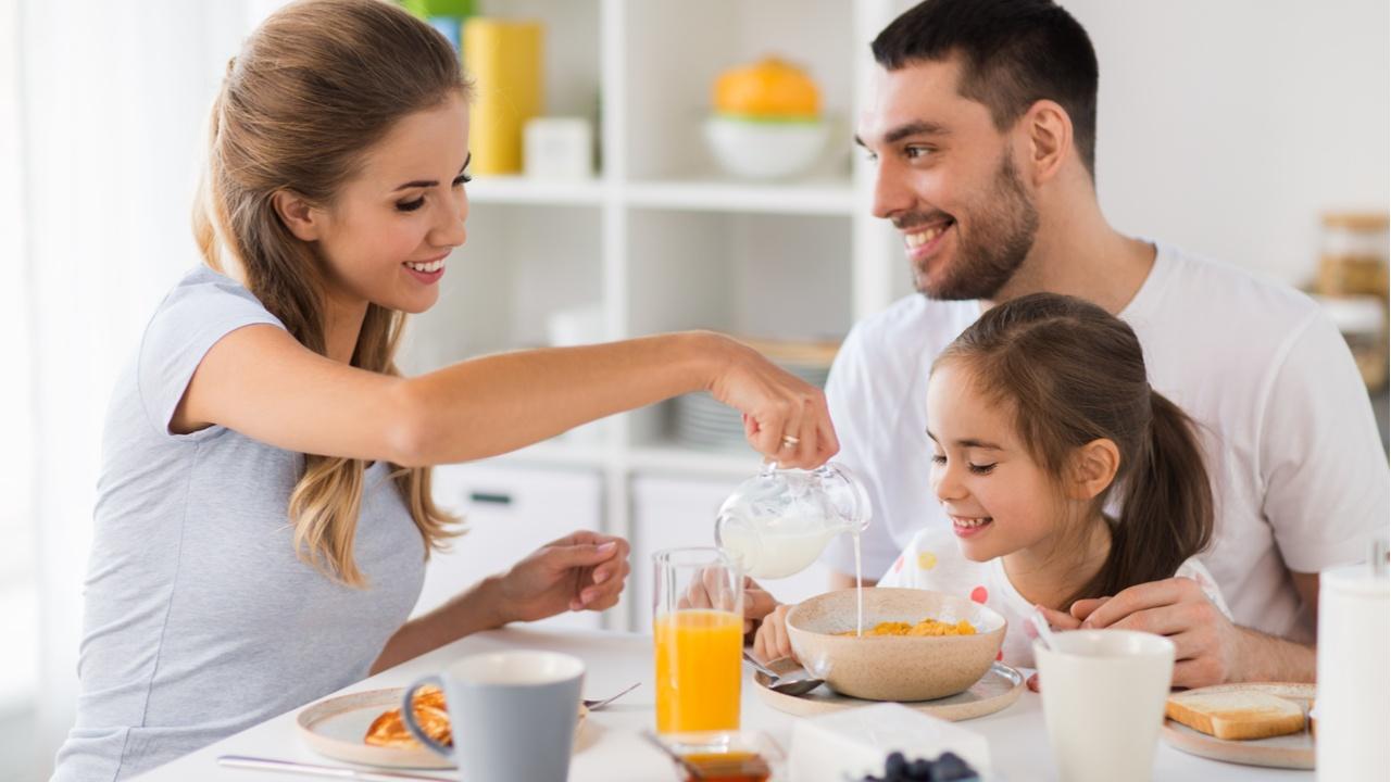 rutina-saludable-en-familia-el-desayuno