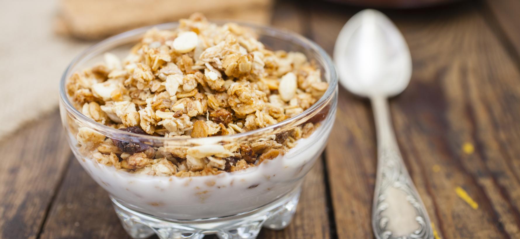 yogurt-natural-con-frutos-secos