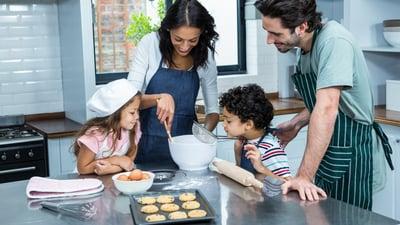 ¿Cómo hacer postres más saludables para toda la familia?