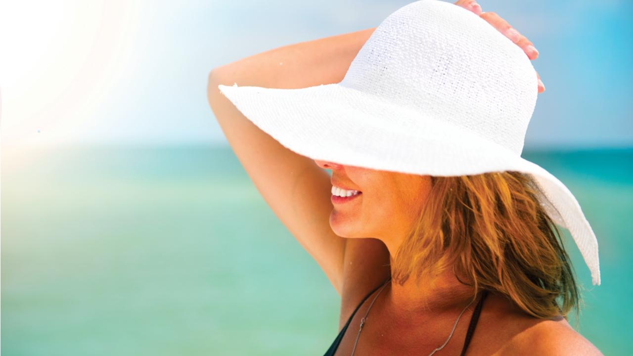 utilizar-gorra-para-protegerse-del-sol