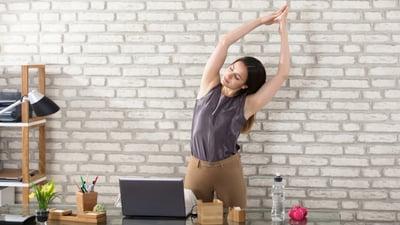 6 ejercicios físicos para combatir el sedentarismo en oficina