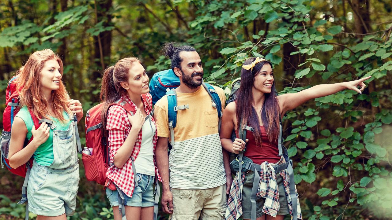 5 actividades para entretenerte con tus amigos mientras cuidas tu salud