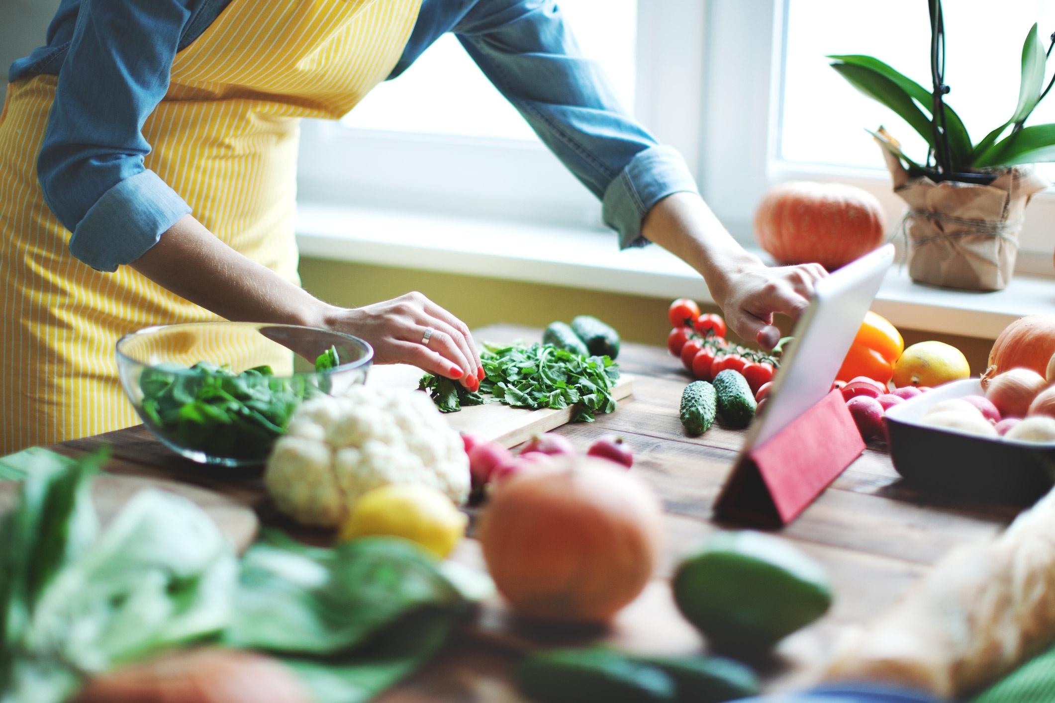 ¿Cómo reducir el consumo de grasas saturadas?