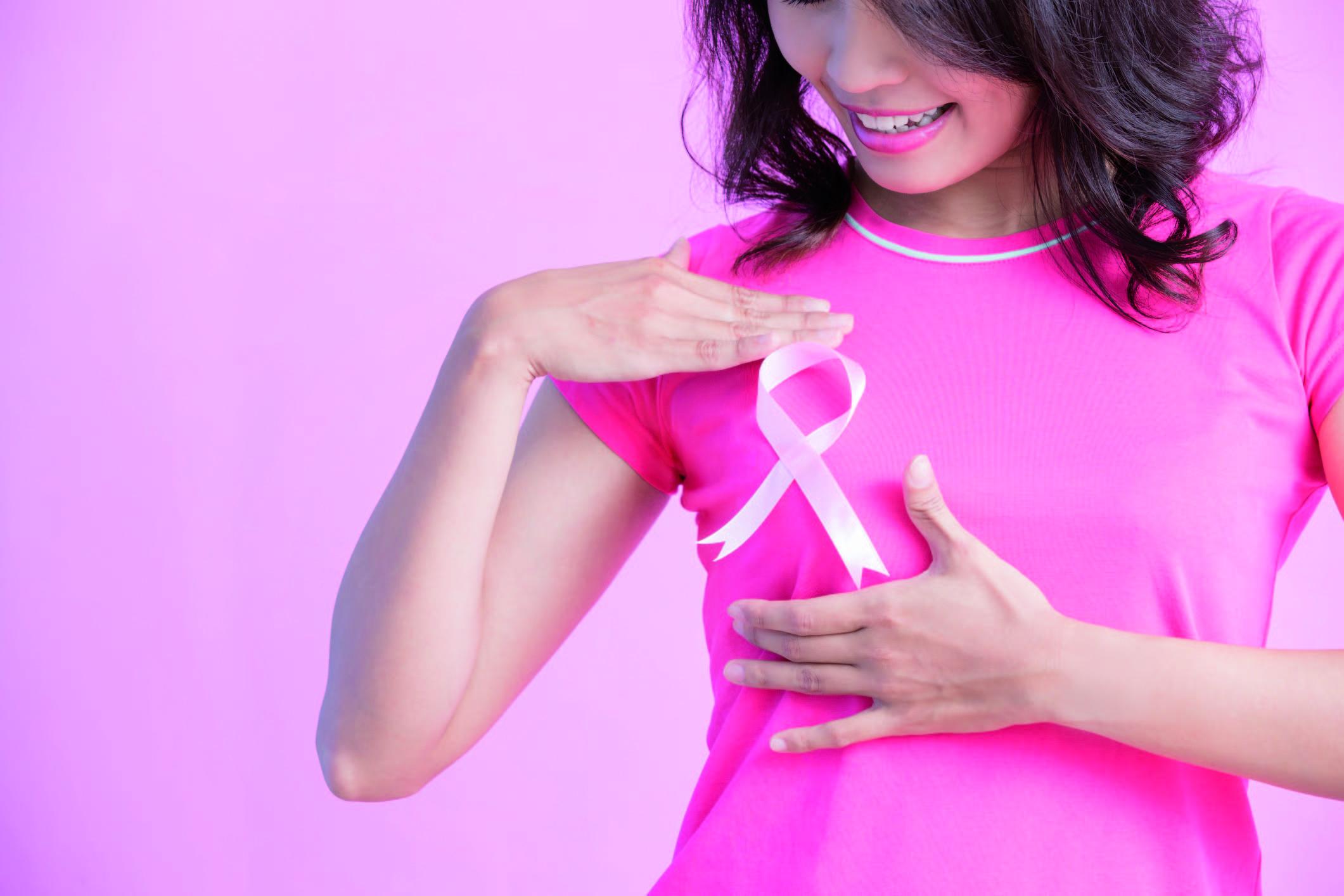 Sigue estos 5 consejos básicos y prevén el cáncer de mama