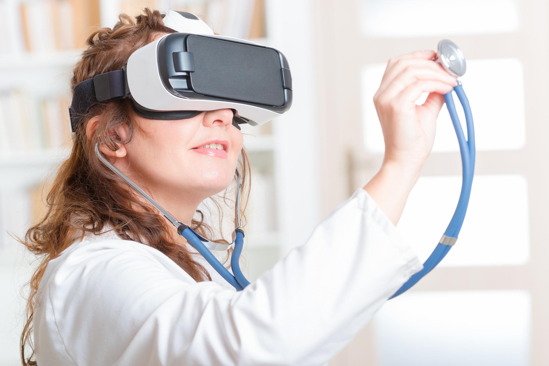 ¿Cómo ayuda la realidad virtual en el tratamiento del cáncer?