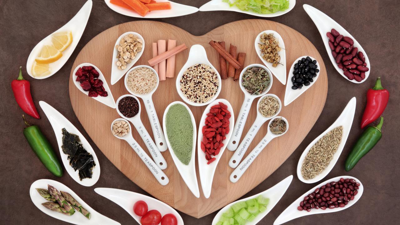 6 alimentos para incluir en tu dieta si tienes el colesterol y triglicéridos altos