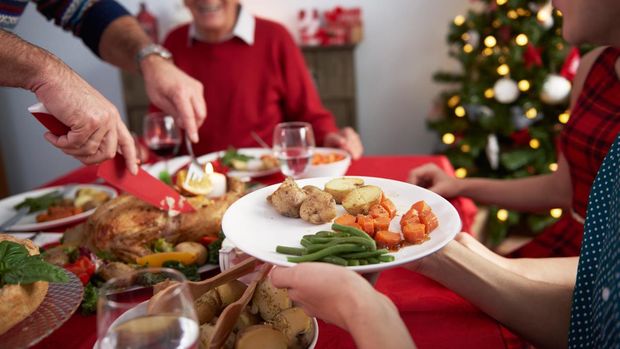 8 consejos para disfrutar de una cena navideña saludable