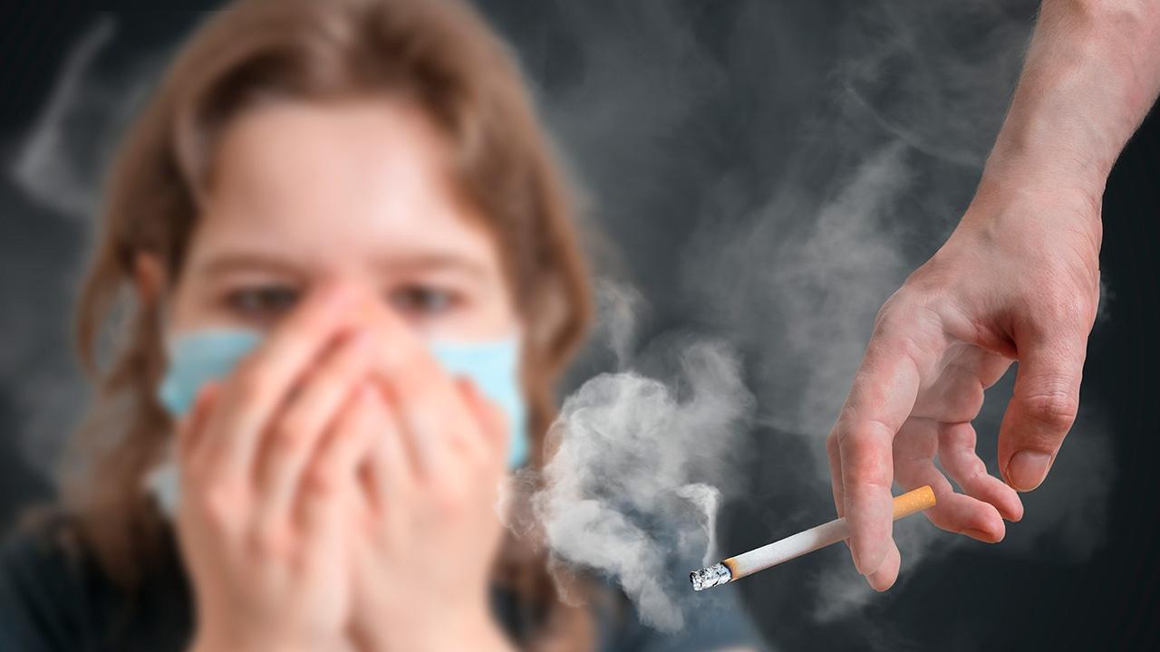 ¿Cómo afecta el humo del tabaco al fumador pasivo?