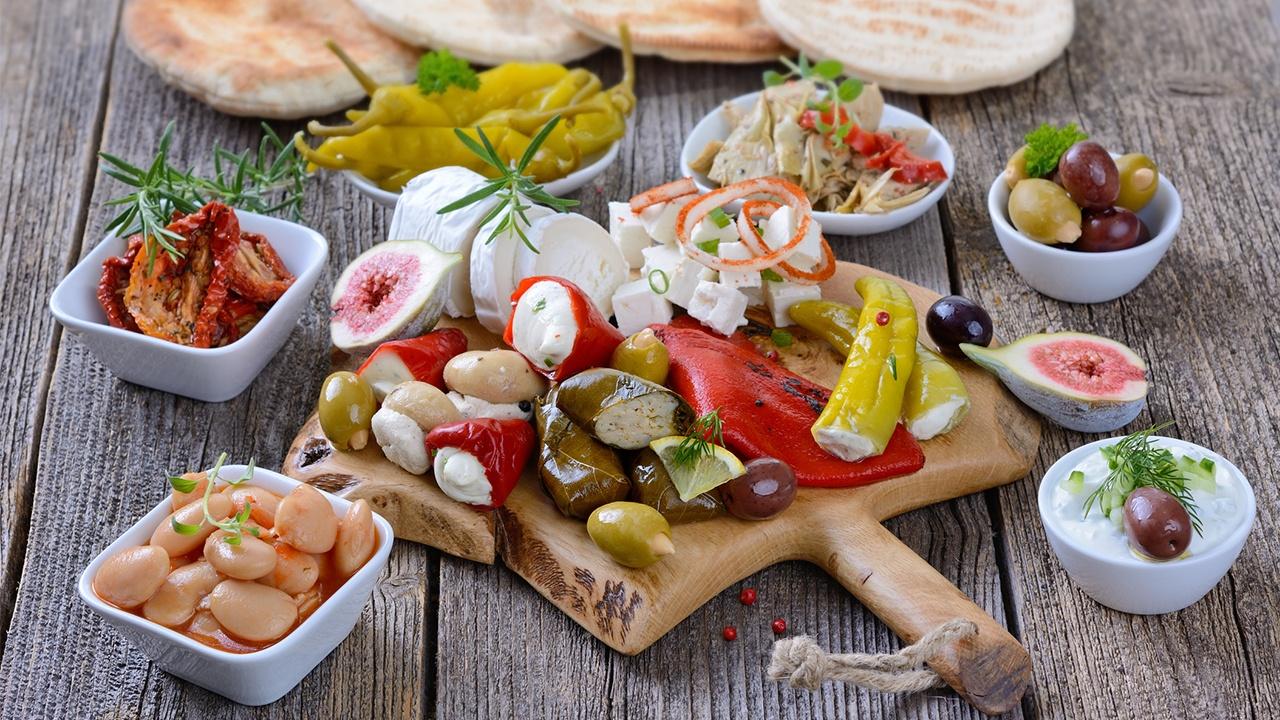 Conoce en qué consiste la dieta mediterránea y sus beneficios
