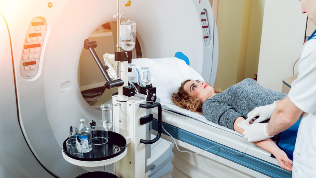 ¿Qué es la radioterapia y cómo combate el cáncer?