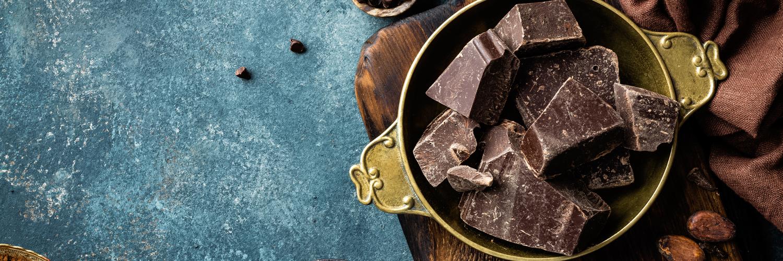 Come chocolate sin culpa y disfruta de estos 5 beneficios del cacao