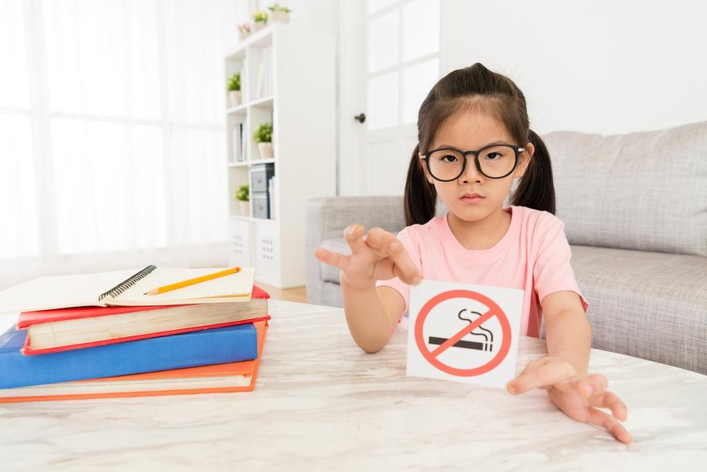 Cómo prevenir a tus hijos del consumo de tabaco