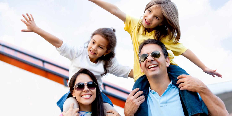 Disfruta de unas vacaciones saludables en familia con estos consejos